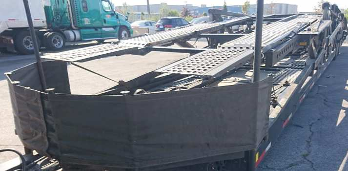 Tarps used on car carriers to prevent stone chips