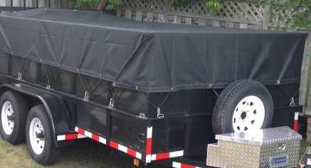 Trailer tarp with folded side