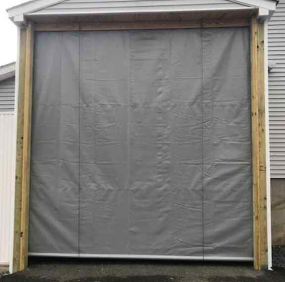 Roll up door without zipper, pocket on the bottom