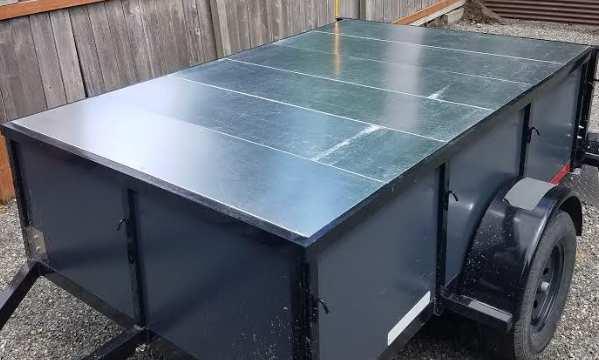 Flat trailer top made of sheet metal
